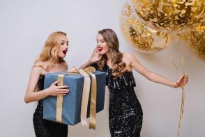 Esti in pana de idei? Iata cateva sugestii de cadouri pentru femei, cu care nu vei da gres niciodata - VIDEO