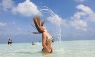 O celebra artista de la noi, rasfat intr-o vacanta de lux in Insulele Maldive. Vedeta si-a etalat formele sculptate in costum de baie - FOTO