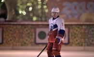 Vladimir Putin nu inceteaza sa uimeasca! La 66 de ani, liderul de la Kremlin a jucat hochei pe gheata - FOTO