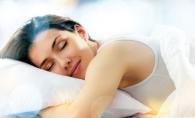 Somnul de frumusete nu este un mit! Afla de ce femeile trebuie sa doarma mai mult - FOTO